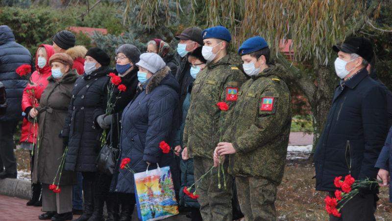 26 ноября почтили память тамбовских воинов, погибших на Северном Кавказе