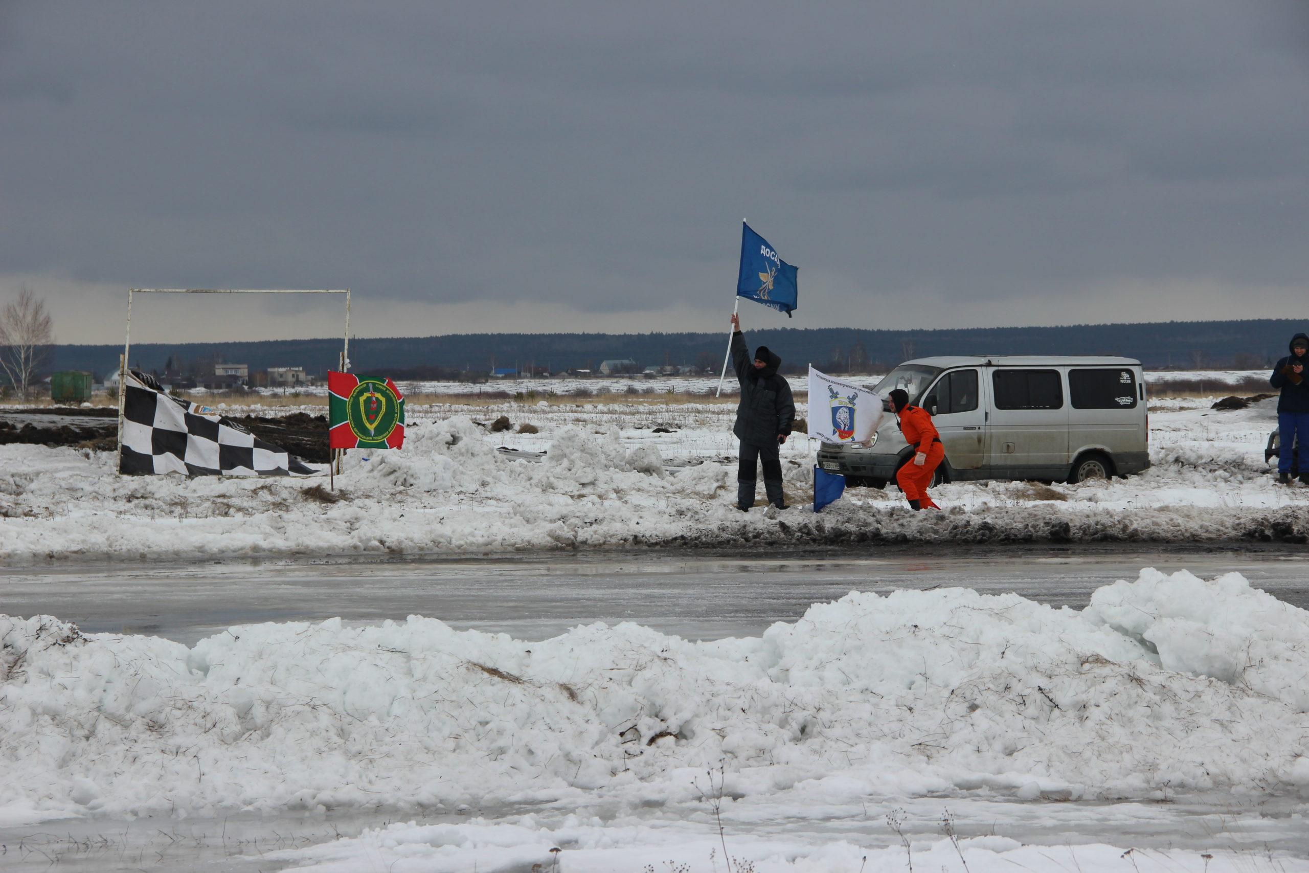 На Тамбовском аэродроме ДОСААФ России прошел чемпионат Тамбовской области по трековым гонкам