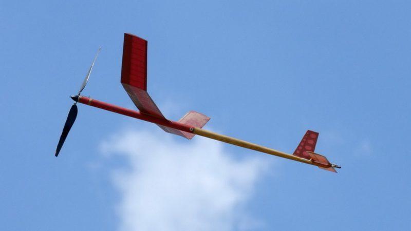 Более двадцати авиамоделистов показали мастерство на соревнованиях на аэродроме ДОСААФ России в Горелом.